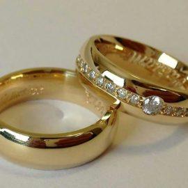 Comprou a casa e quer casar? Veja como escolher as alianças!